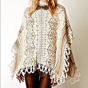 ||Free People|| Sweater Poncho